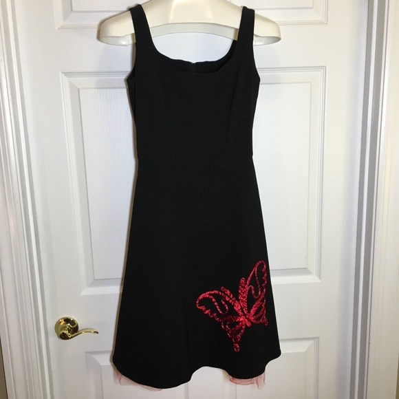 Dresses & Skirts - Black Sleeveless Butterfly Semi Formal Dress